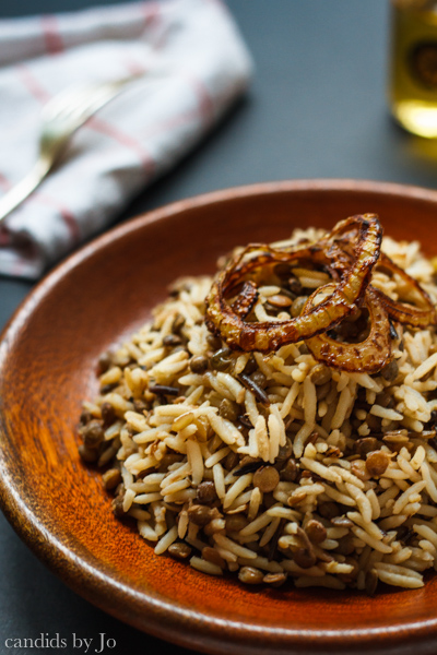 Moujadara: Lentils with rice and crispy onions