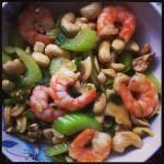 Stir-fried prawns with cashews