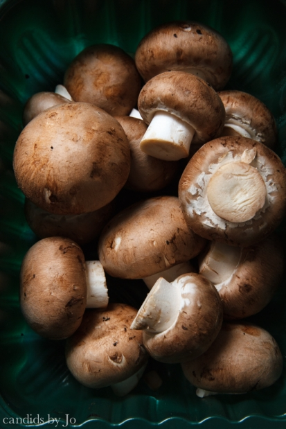 food beauty: chestnut mushrooms