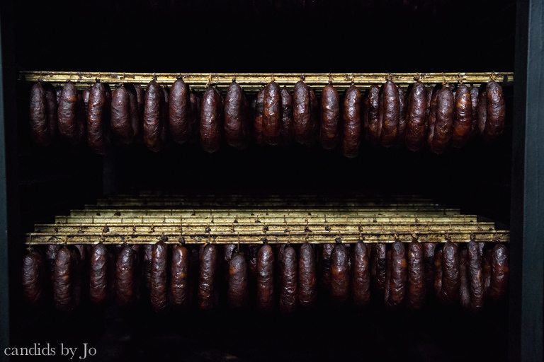 Rows upon rows of Minhofumeiro sausages